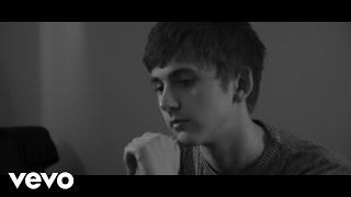 Смотреть клип The Sherlocks - Heart Of Gold