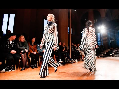 Alberta Ferretti | Fall Winter 2017/2018 Full Fashion Show | Exclusive