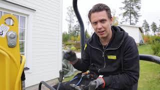 Stålmannen kör grävare, praktikanter svingar spade, Thomas kopplar ;))