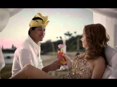 AAMI Insurance ad - Rhonda returns from Bali