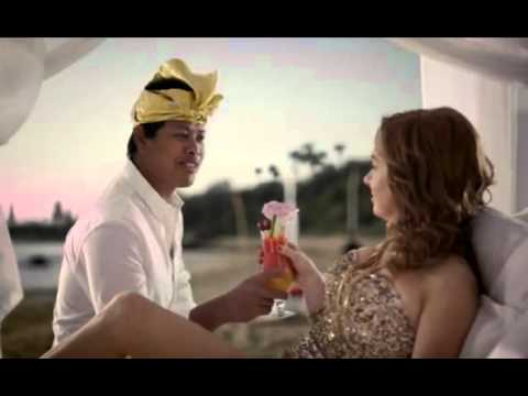 AAMI Insurance ad - Rhonda returns from Bali