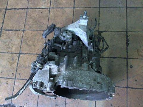 Как поменять диск сцепление и карзину форд мондео3. Снимаем коробку меняем диск сцепление на модео3.