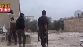 Уличные бои в Сирии. Группу бомжахедов накрыло снарядом...