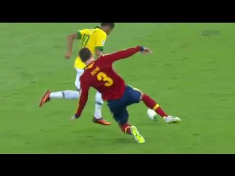 Gerard Pique red card for spain