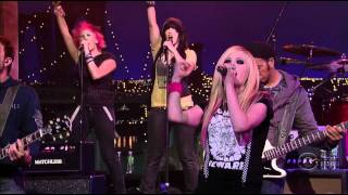 Avril Lavigne - Girlfriend - LIVE (Late Show) - 1080p