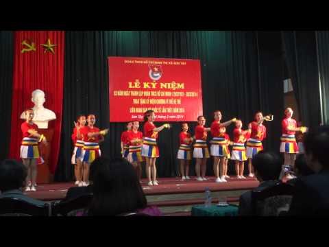 [Liên hoan Dân vũ Quốc tế 2014] Liên khúc Trống cơm - Hãy đến với con người Việt Nam tôi