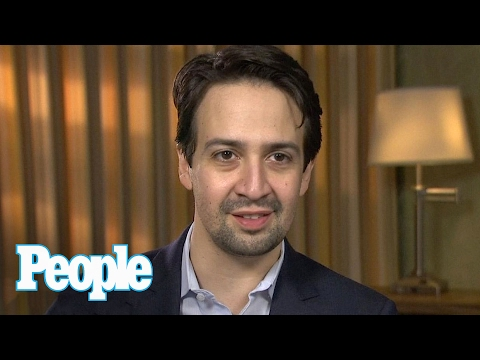 Lin-Manuel Miranda Introduces Mom To Denzel Washington At Oscar Luncheon! | People NOW | People