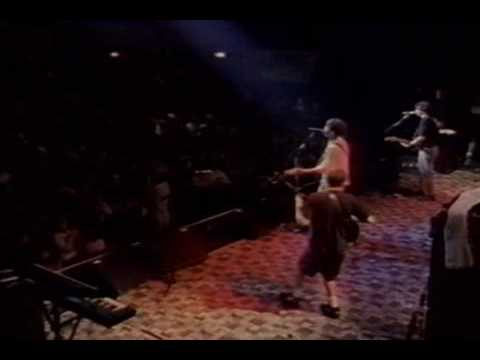 Live - (02) Pain lies on the riverside (MTV 120 Minutes Tour) @ The Academy, NY 1992-06-19
