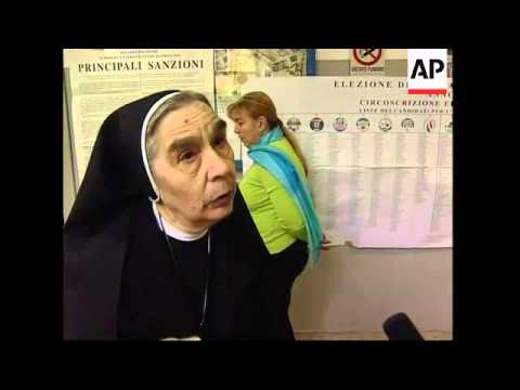 Italians ponder whether to allow crucifixes at polling stations