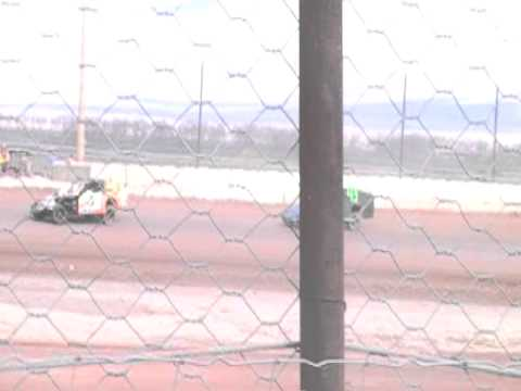 4-9-11 Jeff Elerick lovelock speedway imca modified main part 2