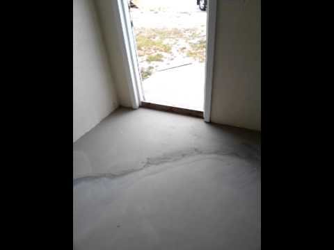 Leveling The Floor With Quick Level Rapid Set Youtube