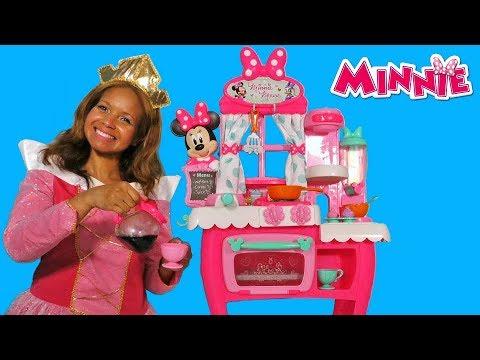 Minnie S Happy Helpers Brunch Cafe Disney Toy Review Konas2002