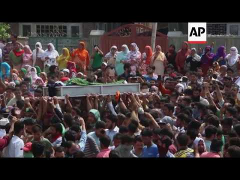 Police, protesters clash in Indian-run Kashmir