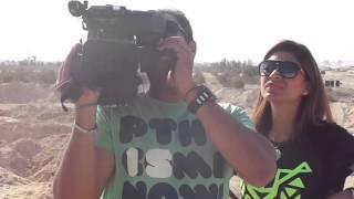 قناة السويس الجديدة : المذيعة لميس سلامة بقناة الحياه خلال تصويرمؤسس القناة على اليوتيوب