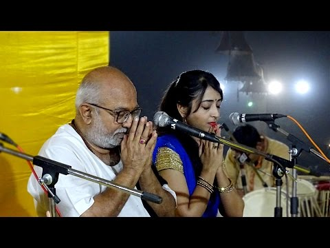Aarti | United Way of Baroda - 2015