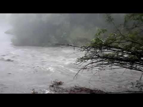Река Бом, большая вода.