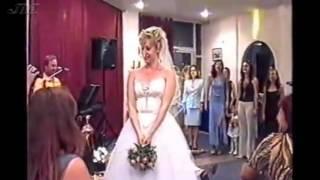 Свадьба  Венок невесты поймала