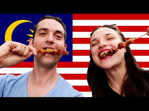 AMERICAN TRIES MALAYSIAN FOOD FOR THE FIRST TIME!!😂