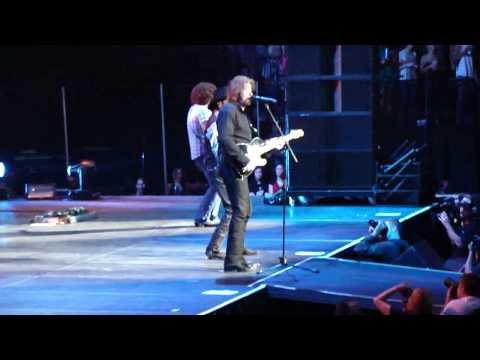 Brooks & Dunn Play Something Country - Nashville 9-2-2010