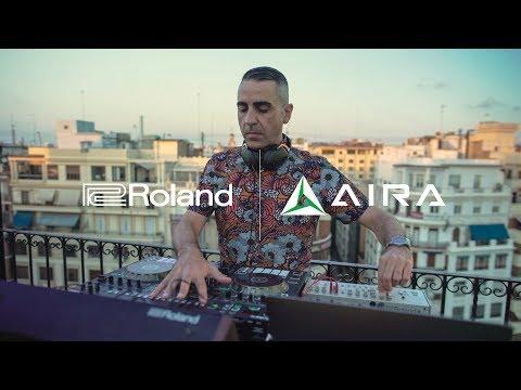 Roland - DJ-505  DJ Controller with Nacho Marco