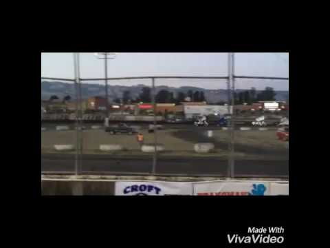 Sprint Car Crash @ Petaluma Speedway