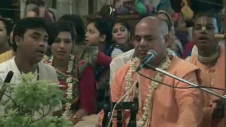 Narahari Nama Kirtan by HG Sachi Kumar Prabhu at ISKCON Mayapur on 2016-05-20
