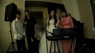 Свадьба Руслан Рита! Поет невеста с дружкой!