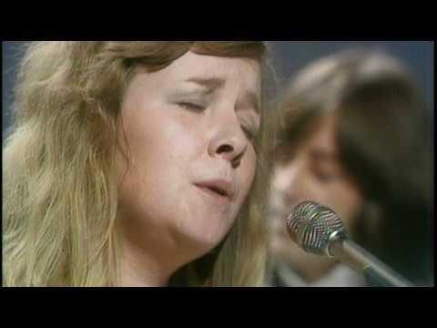 Sandy Denny 1975 unseen footage