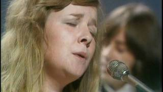 Sandy Denny 1975 unseen footage
