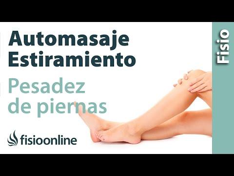 Automasaje y estiramiento para la pesadez de piernas o piernas cansadas