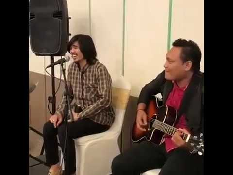Duta sheila on 7 live acoustic