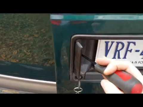 2002 Astro Rear Handle Broken Doors Won T Open Youtube