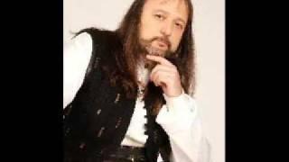 Volodia Stoianov - Slushai kak shumiat bukite