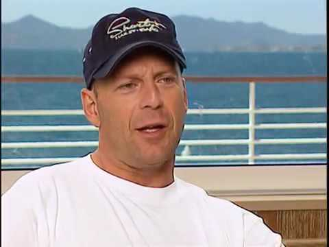Interview with Bruce Willis about The Fifth Element