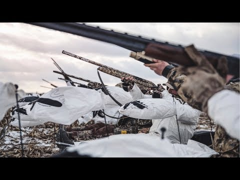 Shooting 62 SNOW GEESE!!! INSANE Goose Hunting In Kansas!!