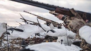 Shooting 62 SNOW GEESE!!! INSANE Goose Hunting in Kansas!!