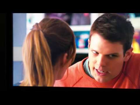 How to be single Leslie Mann Jake Lacy Rebel Wilson funny hilarious pregnancy scene r u pregnant