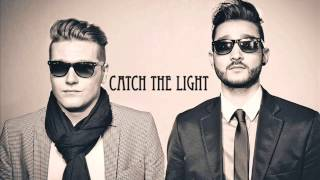 Adriatique - Catch The Light