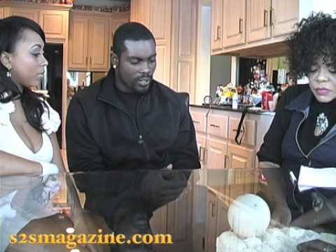 Michael Vick Describes His First Hours In Prison