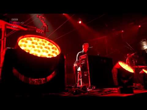 Queens of the Stone Age - The Vampyre of Time and Memory (Reading Festival 2014)