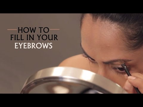 How to fill in Your Eyebrows Using Eyeshadow