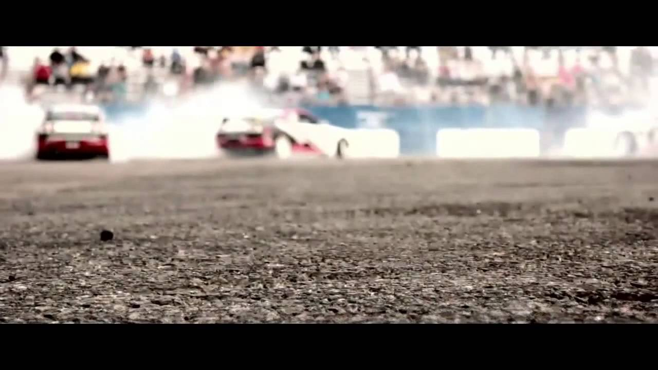 Drifting Stunt Show   Team Maximum Lock Santa Pod