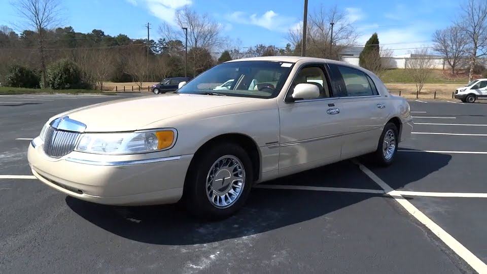 2001 Lincoln Town Car Morrow Atlanta Stockbridge Mcdonough Newnan Ga Lh1055b