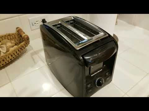 Hamilton Beach Toaster! $20!!! 2 Slice Cool Touch Toaster REVIEW!