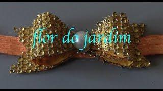 Laço de manta de strass com fita de cetim – Rhinestone Tie – DIY