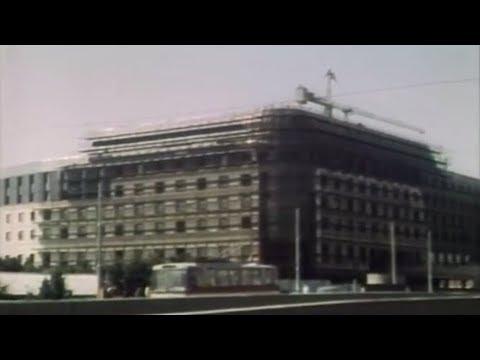 Bratislava - Výstavba hotela Fórum (1988)