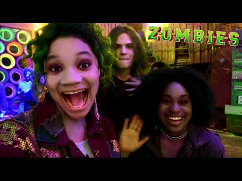 Disney ZOMBIES   Behind The BAMM
