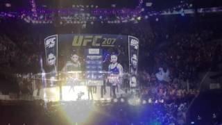 Ronda Rousey vs Amanda Nunes UFC 207 walkout