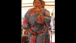 Ronke Oshodi Oke Grabs Her Private Part & Lets Co-Mc Touch Her B*0bs At Toyin Majekodunmi Burial