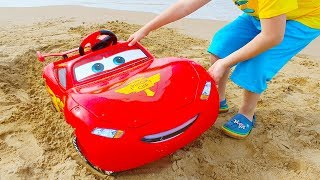Ali and Disney Cars Lightning McQueen Car Adventure on the Beach